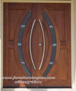 Pintu Kupu Tarung Minimalis