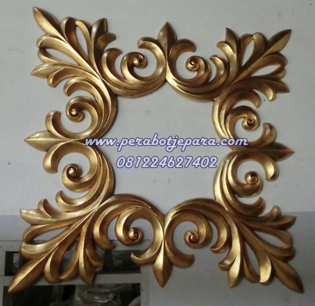 Frame Kaca Hias Gold