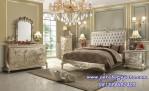 Kamar Tidur Royal Honeymoon