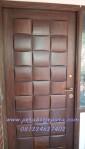 Pintu Rumah Unik Model Ketupat Kayu Solid KPJ-15